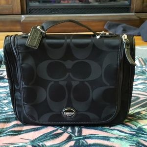 COACH Black Travel Hanging Makeup Cosmetic Case